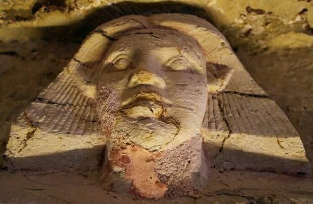 Гробница относится к периоду V династии, которая правила в Египте с 2500 по 2350 годы до н.э. 4400 лет, Египт, в мире, гробница, наука, находка