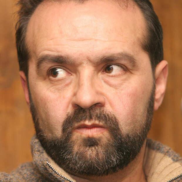 Шендерович возмущен появлением портретов Сталина в Москве
