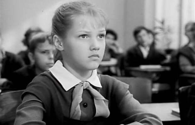 Как Елена Проклова впервые полюбила и стала лучшей актрисой в СССР в 11 лет: За кадром «Звонят, откройте дверь»