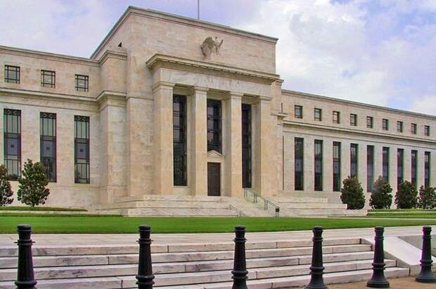 ФРС США сохранила процентную ставку на уровне 0-0,25% годовых
