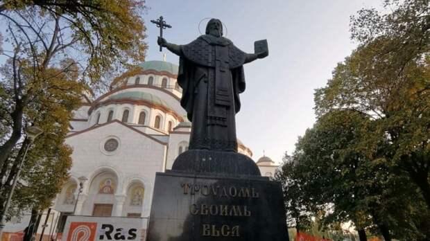 «Это что-то грандиозное!» – Собор Святого Саввы в Белграде на один день открыл двери для верующих