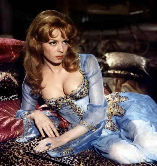 30 платьев, которые случайно стали классикой кино