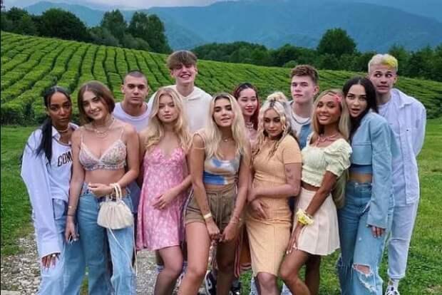 Участники тикток-хауса XO team: кто они и чем занимаются