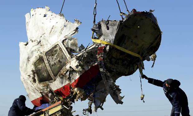 Эксперт назвал имена участников заговора катастрофы рейса MH17