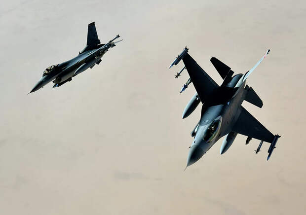 """""""На американцев это не похоже"""": на что пересадят летчиков ВВС США"""