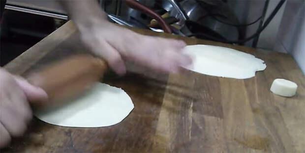 Слоеная самса: напекли гору и едим вместо хлеба