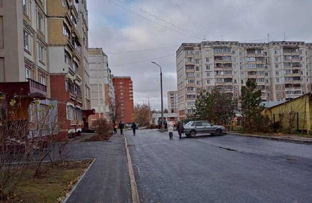 Придомовые территории шести многоквартирных жилых домов благоустроят в Автозаводском районе