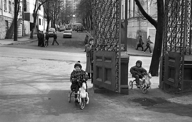 Фотограф Евгений Канаев: «Казань и казанцы в 90-е» 28