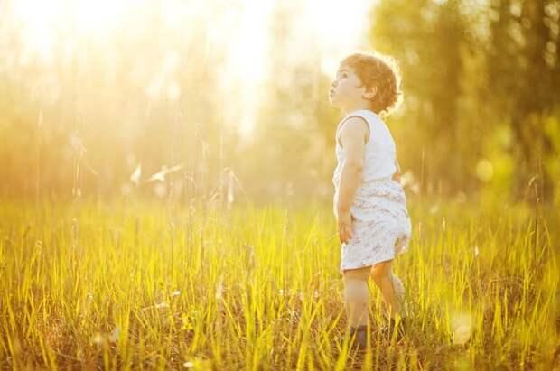 Опаленные солнцем. Девять правил прогулки с ребенком летом