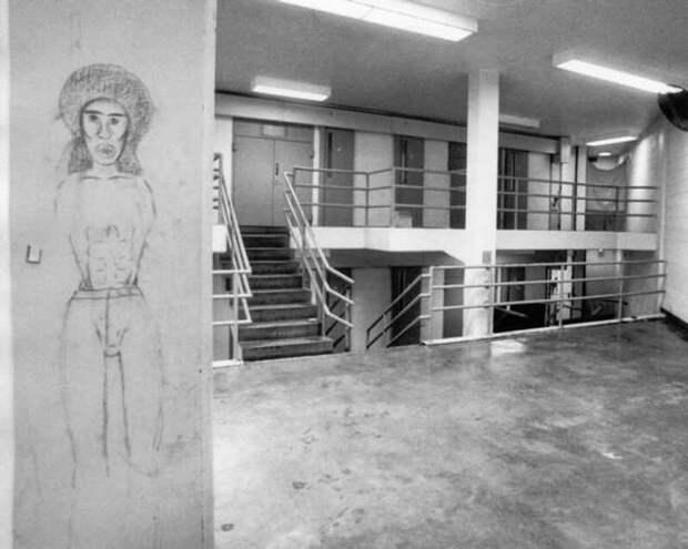 Шестёрка из Мекленбурга: дерзкий побег смертников из супертюрьмы (7 фото)