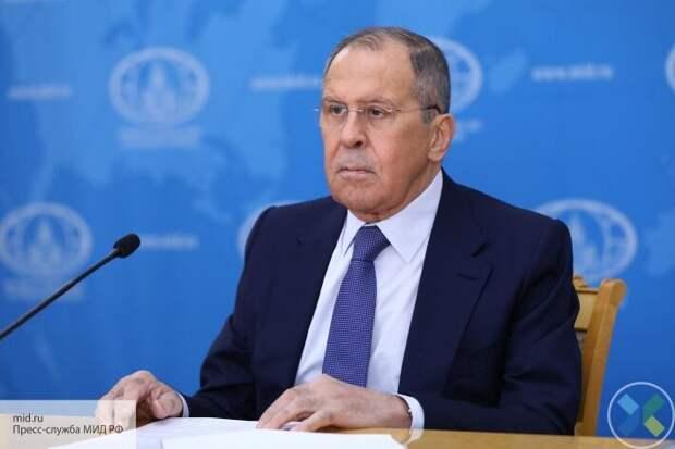 Лавров: клянчить что-то, это недостойно украинского народа