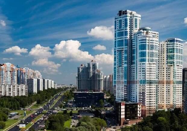 В Москве эвакуировали более 200 человек из 47-этажного дома