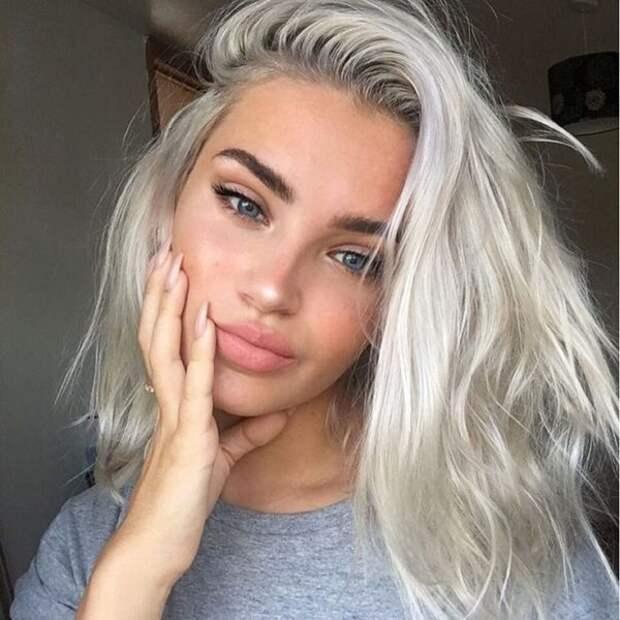 Самое модное окрашивание для седых волос