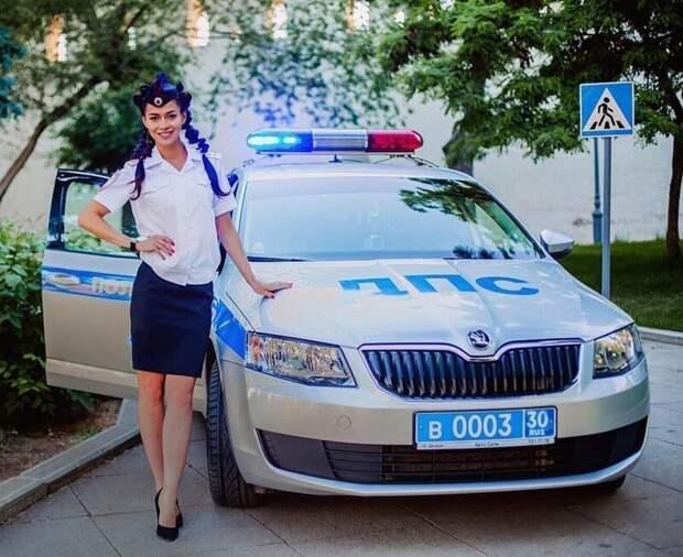 Начальница, оформляй: сногсшибательные девушки ГИБДД гибдд, девушки, дпс, красота, нарушители, офицеры, пдд, форма