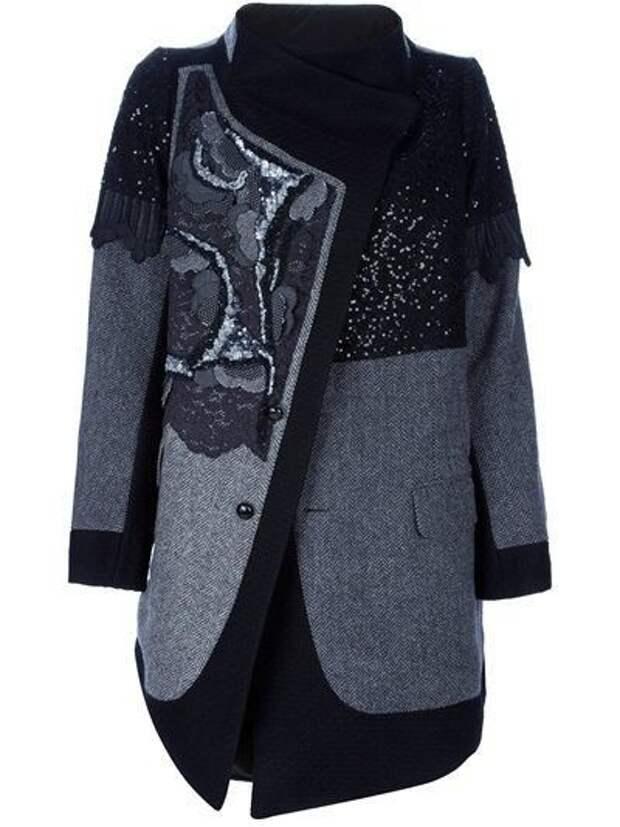 Необычное пальто из шерсти и кружева