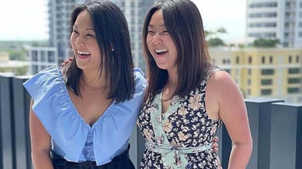 Разделенные при рождении близняшки встретились спустя 36 лет
