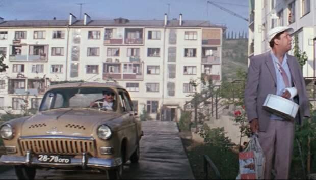 """Шутка Гайдая, или ирония номера машины в """"Бриллиантовой руке"""""""
