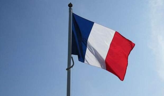Экс-главу Минздрава Франции обвиняют в«создании угрозы для жизни»
