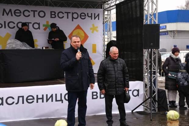 В Кузьминках прошли гуляния в честь Масленицы. Автор фото - Александр Чикин