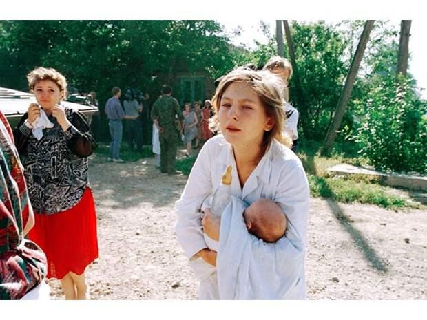 25 лет назад банда Басаева напала на Будённовск. Более 100 человек погибли от рук террористов - 2 часть