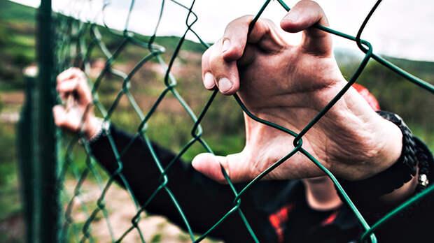 Задержать десятки, депортировать сотни. В Москве опять бузят мигранты