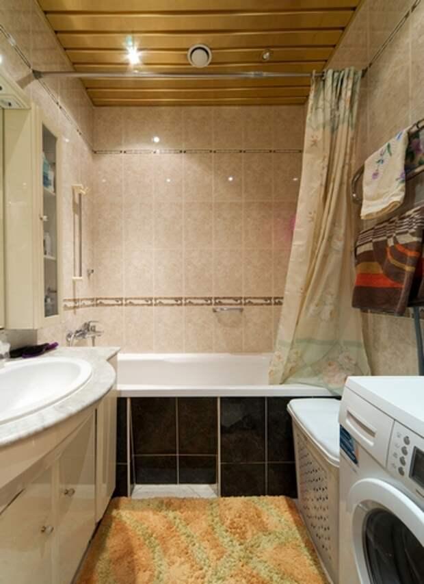 металлический потолок в ванной