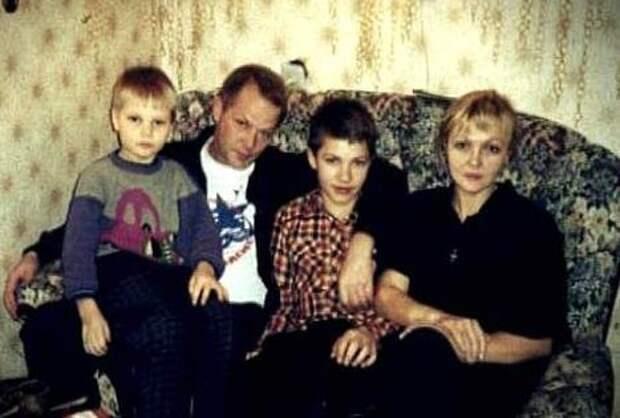 Марина Дюжева: стальная леди с детской улыбкой