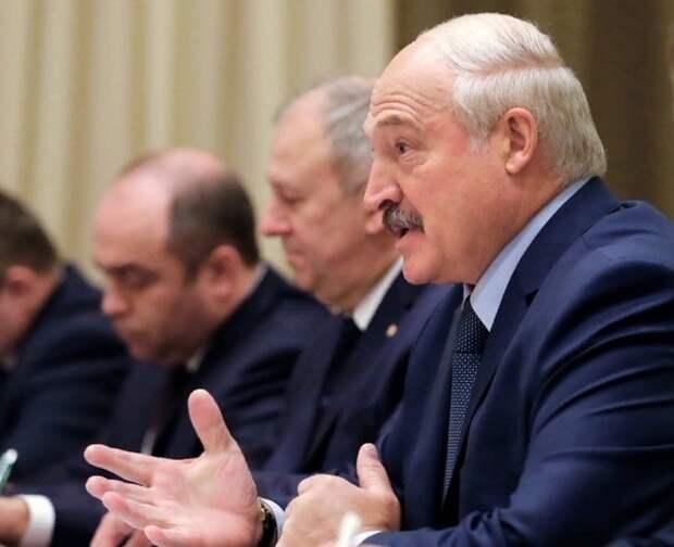 Лукашенко пригрозил ответить на ограничение Россией ввоза продуктов