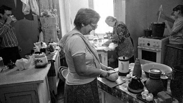 Опасность маленьких советских квартир.