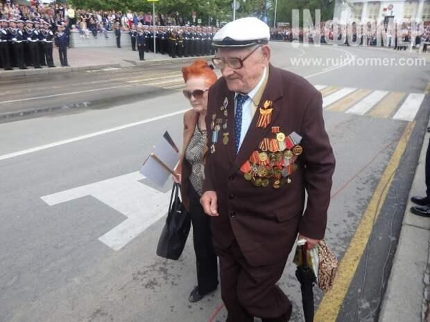 С поклоном ветеранам…
