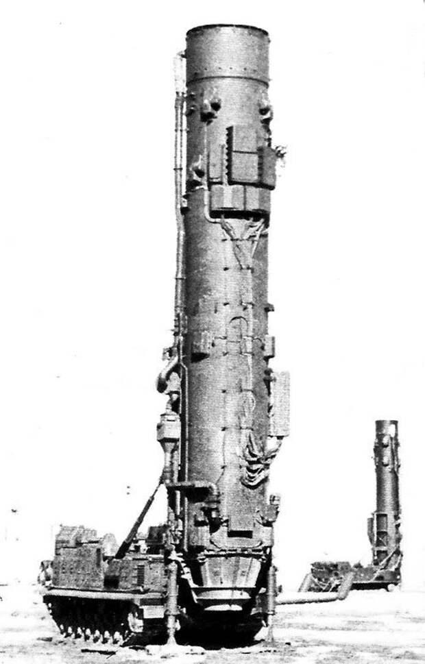 Первая твердотопливная БРСД РТ-15
