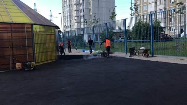 Площадку «Возрождение» на Челобитьевском готовят к укладке резинового покрытия Фото предоставлено управой