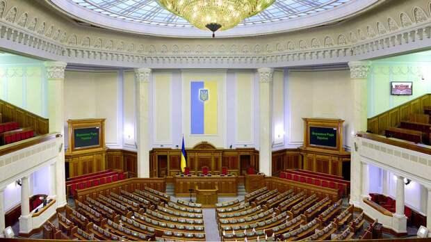 Депутат Рады Батенко указал на необходимость введения психосмотра для украинских чиновников