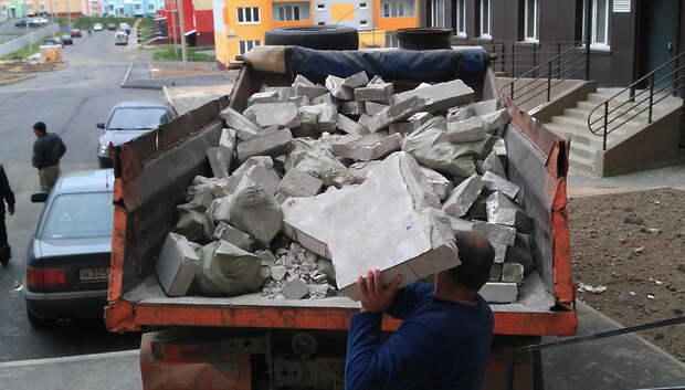 Жители Подмосковья стали меньше жаловаться на вывоз бытовых отходов
