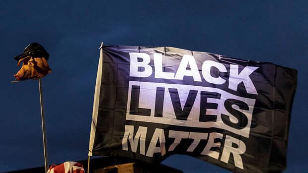 ВСША полицейский застрелил темнокожую девочку