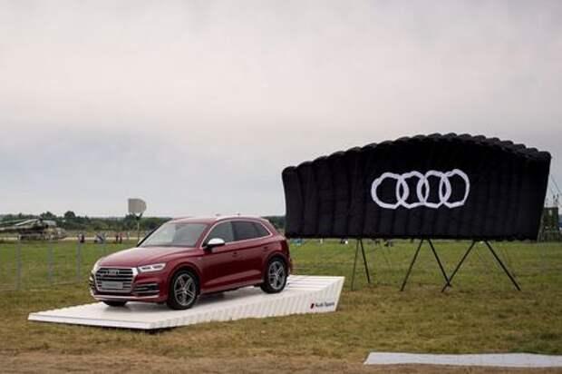МАКС-2017: премьера Audi SQ5 и RS5 и гонки с самолетами