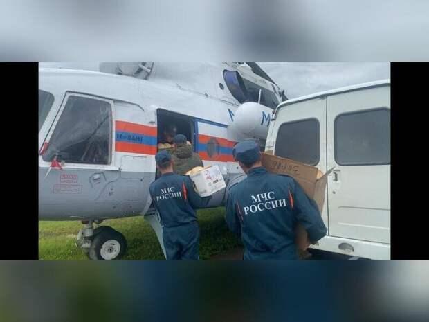 Спасатели оказывают помощь в затопленных районах Забайкалья