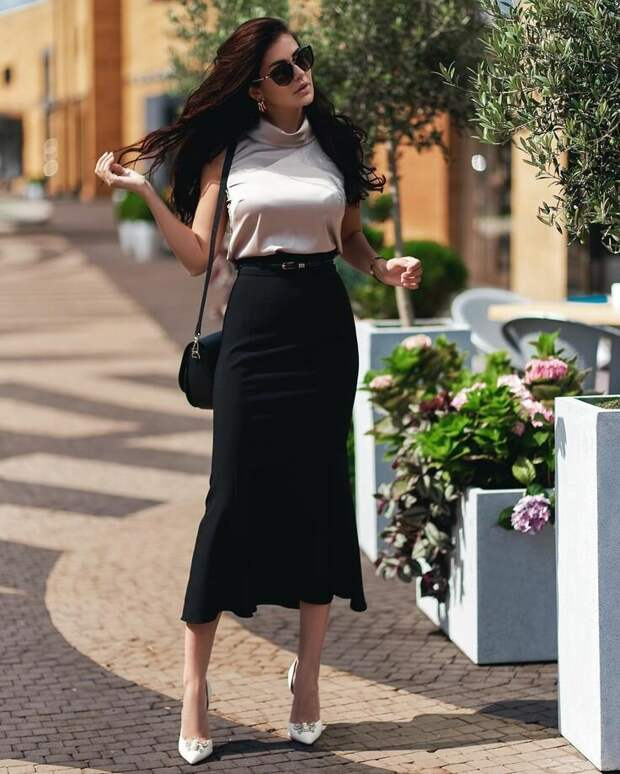 «Когда оверсайз надоел»: модная одежда для любительниц женственности