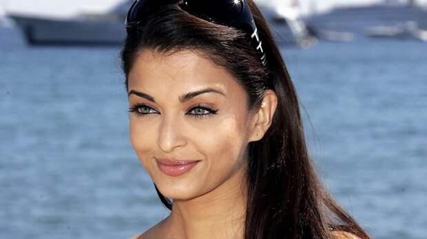В 1994 году Айшвария Рай победила на конкурсе «Мисс мира». Взгляни, как сейчас выглядит ее дочь!