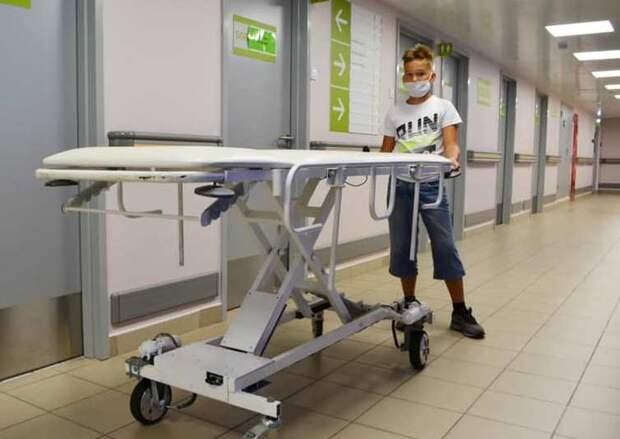 Третьеклассник создал электро-каталку для пациентов больницы №67