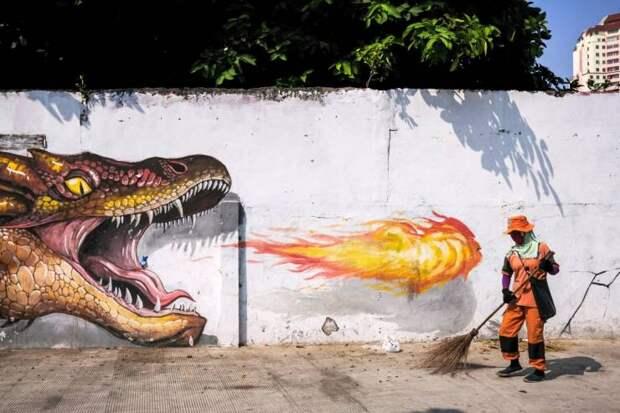 Стрит-арт дракон