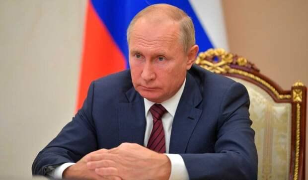 Песков раскрыл подробности вакцинации Путина