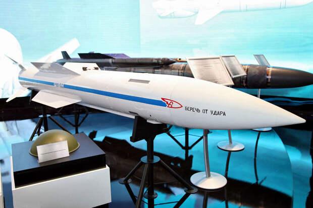 """В России завершены госиспытания новых ракет """"воздух-воздух"""" большой дальности"""