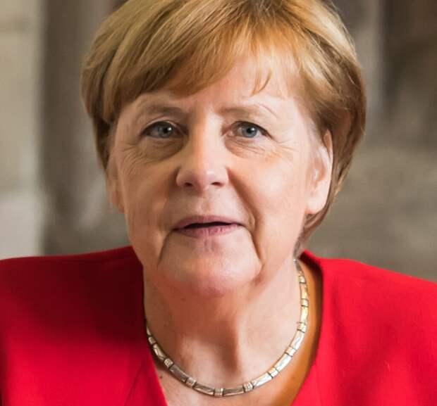 Названа пенсия Меркель после ухода с поста канцлера ФРГ