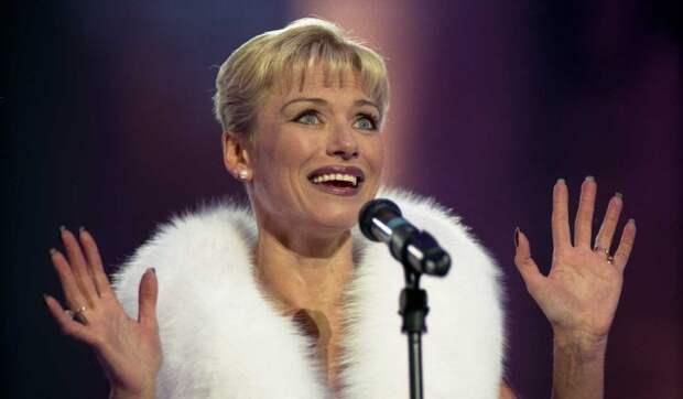 «Статуэточка»: 67-летняя Ирина Понаровская восхитила точеной фигурой