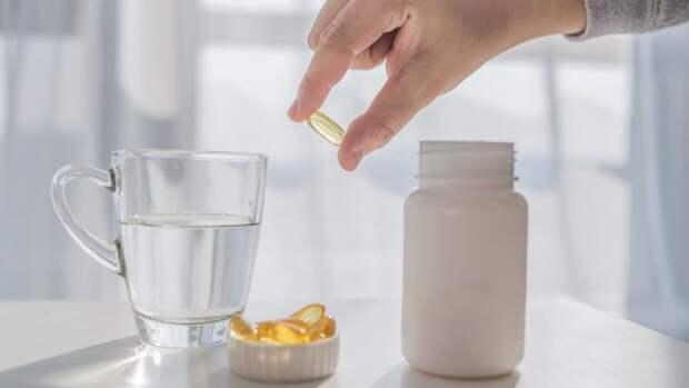 Россиянам рассказали, насколько важно принимать витамины в пандемию
