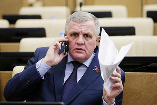 Голос разума из преисподней: Депутат Госдумы призвал повысить прожиточный минимум почти втрое