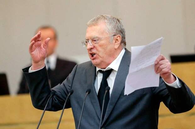 Владимир Жириновский предлагает арестовывать за призывы к новому социализму прямо в зале заседаний