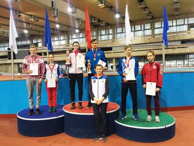 Спортсмены из Северного завоевали все призовые места первенства Москвы по современному многоборью