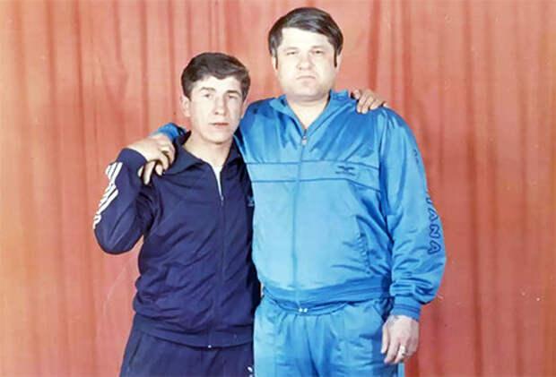 Слева воры в законе: Николай Зыков (Якутенок) и Евгений Васин (Джем)